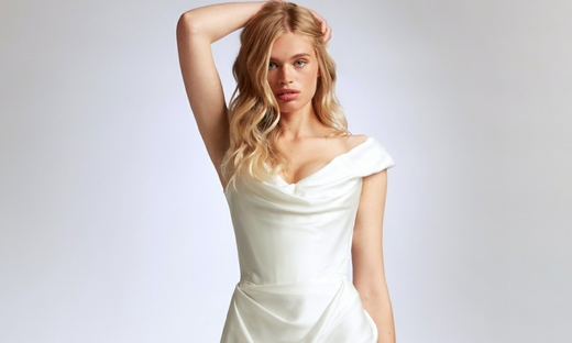 2021春夏婚纱[Vivienne Westwood]纽约时装发布会
